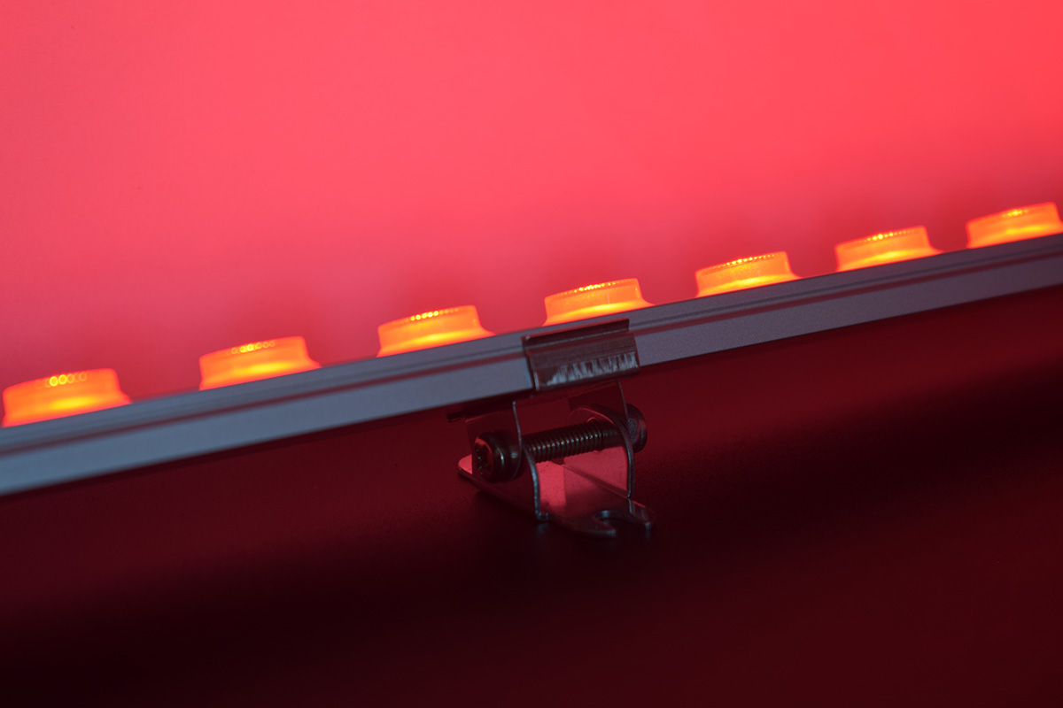 red color linear wall washer lighting
